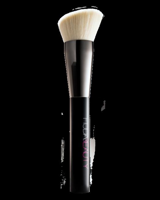 Huda beauty face, buff and blend brush